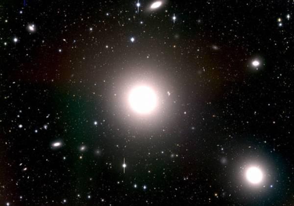 Эллиптическая галактика M87.