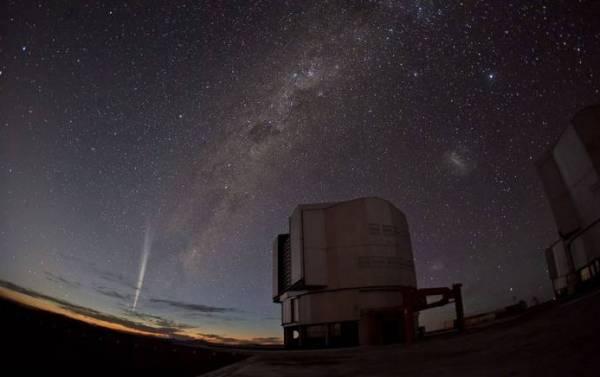 Комета Лавджоя. Наблюдалась в 2011 году